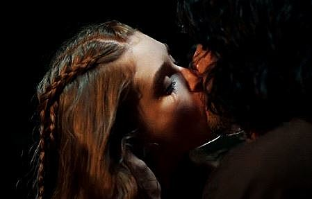 Étienne and Thyra's first real kiss, Ronan gives away his sealskin