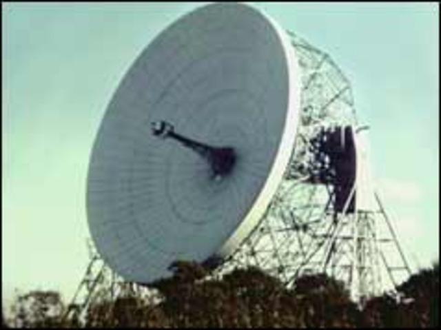 Radio telescope makes space history