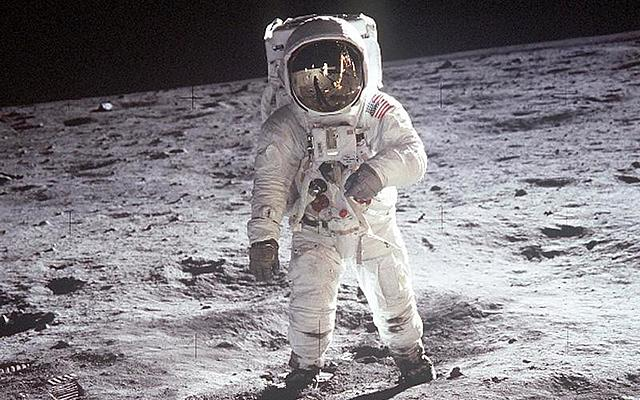We put a human on the moon!!