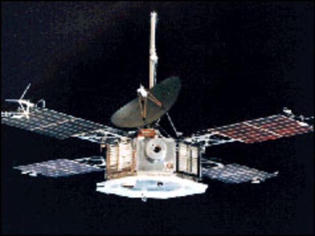 US probe flies by hot and windy Venus