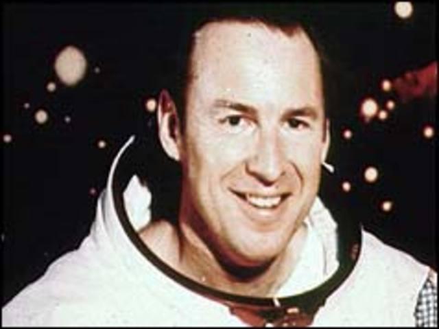 14 Apr  1970: Critical explosion cripples Apollo 13