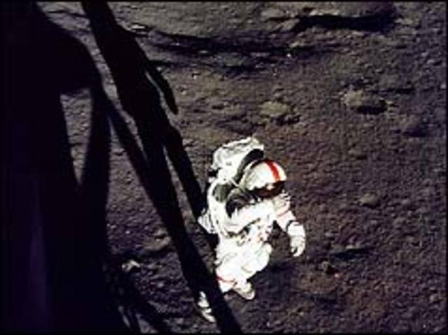 Man plays golf on the Moon