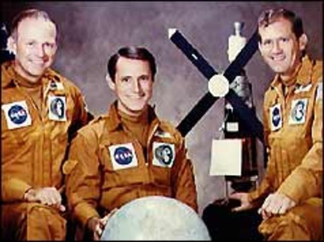 Americans end outer space marathon