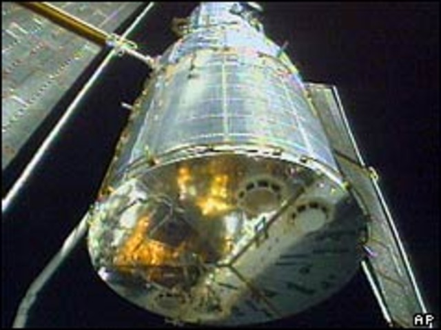 Hubble telescope takes off for space