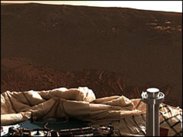Nasa rover looks for water on Mars