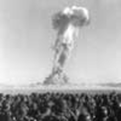 1st atomic bomb was dropped