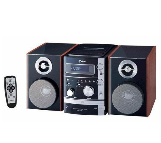 Aparato reproductor de casettes y CDs