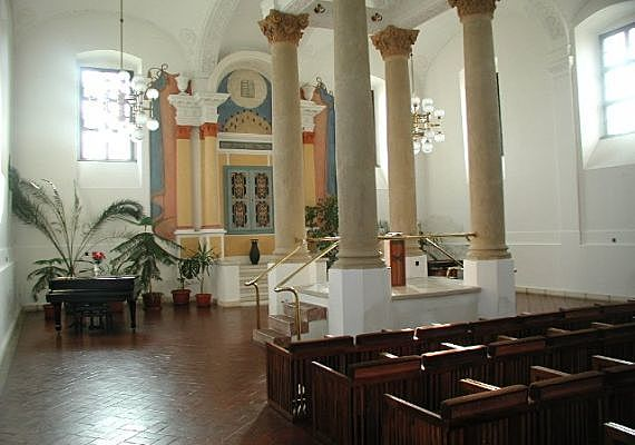 1820 k.: zsinagóga