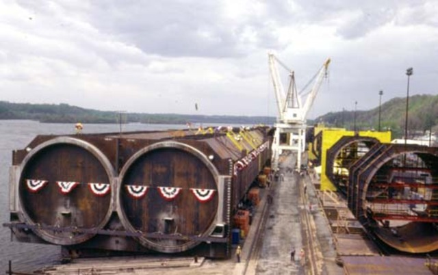 First tunnel tubes lowered