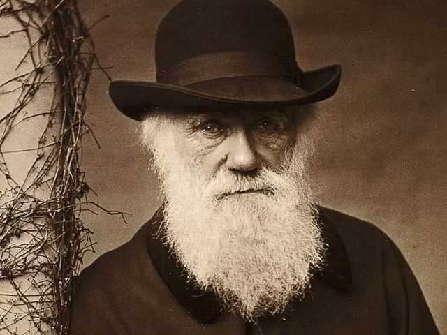 """Charles Darwin Publishes """"The Origin of Species by Natural Selection"""""""