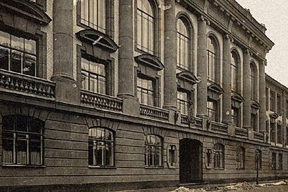 16 августа 1859 года Сергей и Николай Миклухи были зачислены в 4-й класс Второй Петербургской гимназии, расположенной на углу Большой Мещанской улицы и Демидова переулка