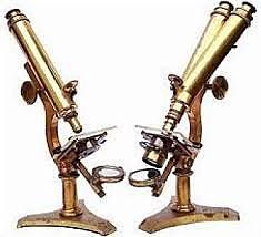 Jansen Construeix el primer microscopi.