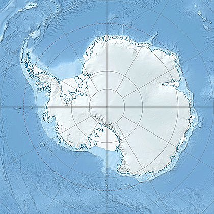 """Достигнув 69° ю. ш., 16января 1820 года экспедиция открыла Антарктиду; приблизившись к ней в точке 69° 21' 28"""" ю. ш. и 2° 14' 50"""" з. д. (район современного шельфового ледника Беллинсгаузена)"""