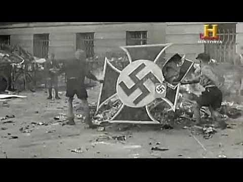 Adolf Hitler Apareix part 1