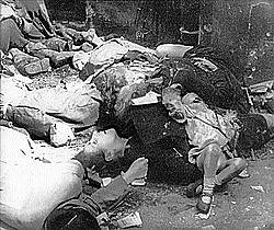 1945 - Varsóvia é ocupada pelas tropas da União soviética