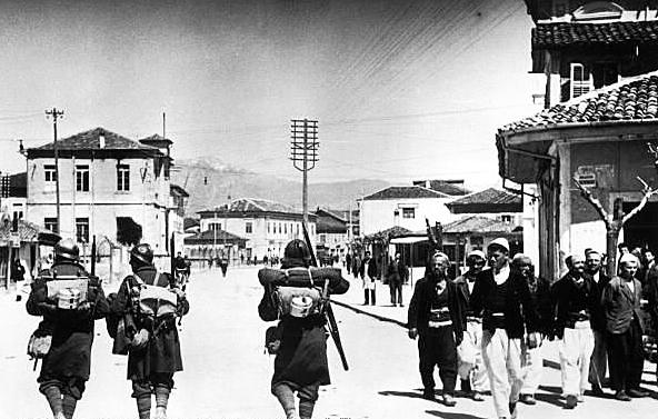 Ocupació d'Albània, 1939, Itàlia
