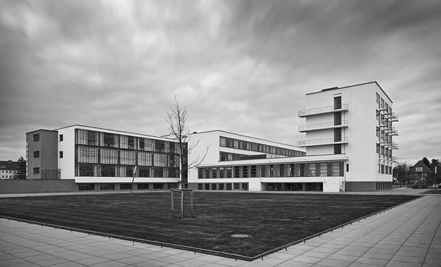 'Edificio de la Bauhaus en Dessau' de Gropius