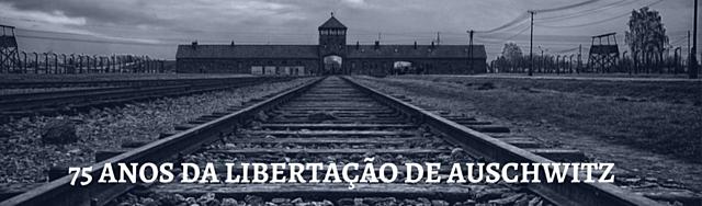 O exército vermelho solta prisioneiros do campo de concentração de Auschwitz.