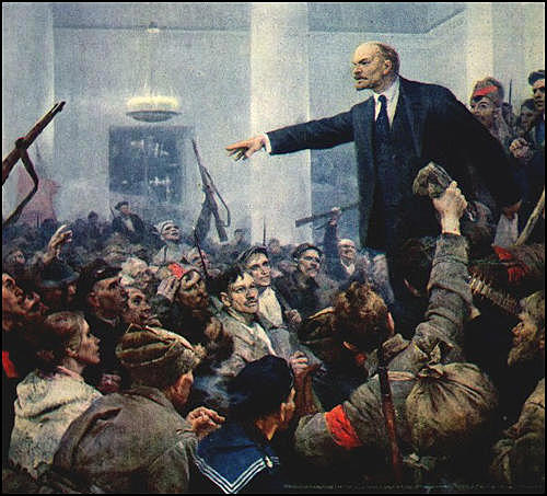Lenin closes down the Constituent Assembly.