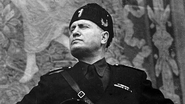 ITÀLIA: Marxa sobre Roma, Mussolini , cap de govern
