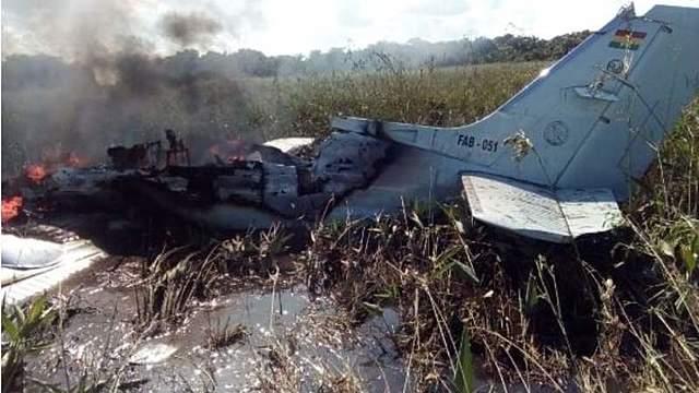 Avioneta se estrella en Beni y mueren 4 españoles que iban a ser repatriados