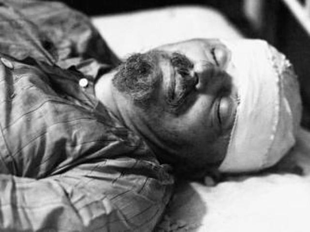 Trotsky is killed
