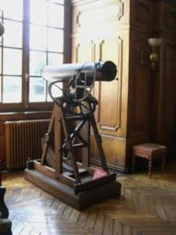 Galileo develops magnifying power on the telescope