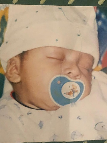 Nacimiento de Juan Jose Salcedo