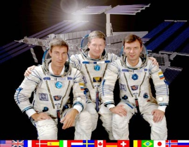First inhabitants dock on ISS
