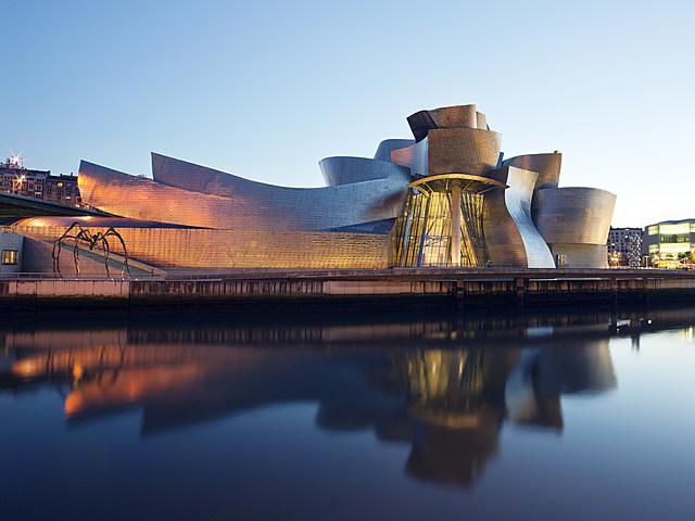 Museo Guggenheim Bilbao - Frank O. Gery