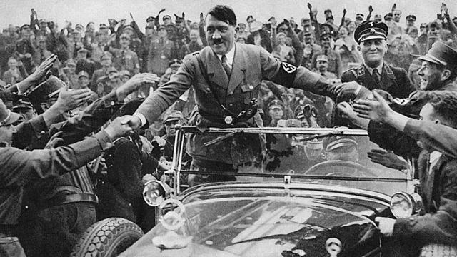 Hitler es torna líder del NSDAP