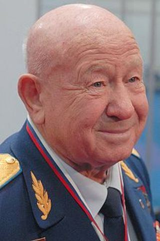 Aleksei Leonov becomes the first man walk in space.