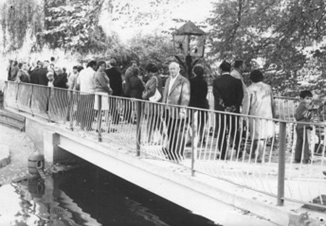 Errichtung Verbindungsbrücke