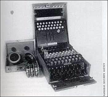 Máquina Universal de Turing (UTM)