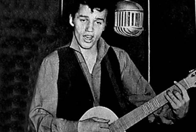 Peter Rock graba su primer sencillo