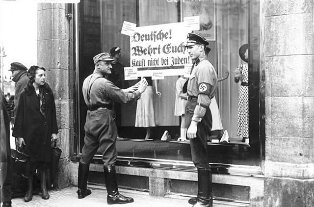 Le 1er avril 1933 : Boycott des magasins et des entreprises juives