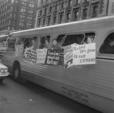 Freedom riders attacked in alabama