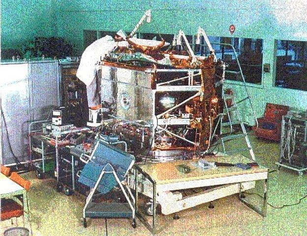 Satelite de telecomunicaciones (OTS)