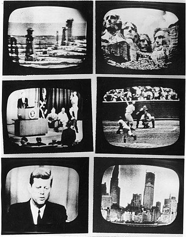 Почти всё население Америки имело доступ к телевидению