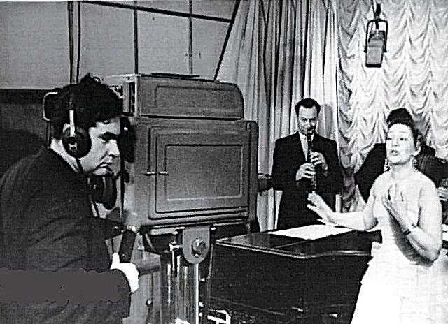 Первые телевизионные передачи