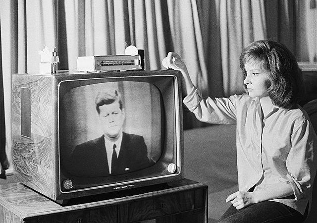 Появление экспериментальных телевизионных станций