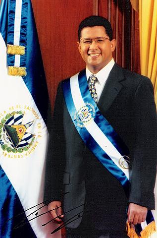 Francisco Flores, quien gobernó en el período de  1999-2004