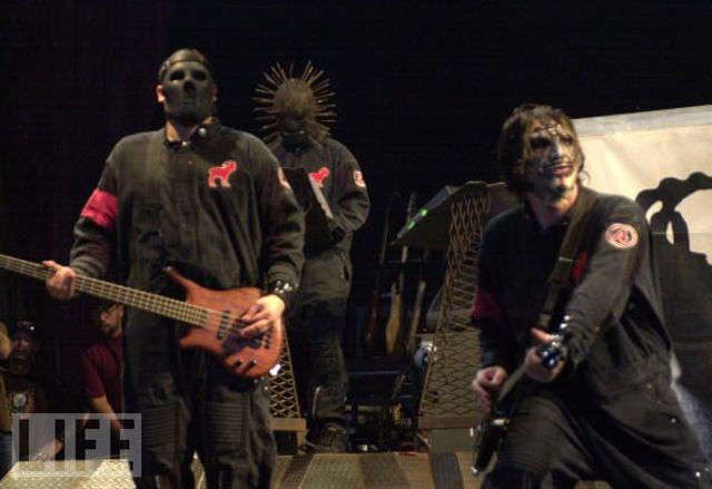 Heavy metal bands in the ozzfest tour