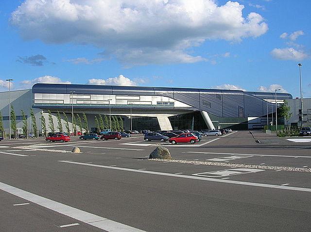 BMW CENTRAL BUIDING