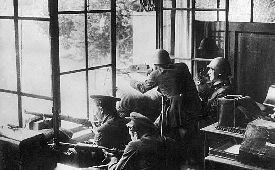 Creació del Comitè Central de Milícies Antifeixistes