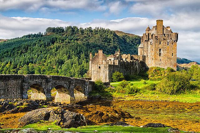 4.Sir Damas castle