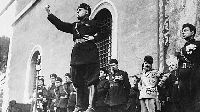 Transformació dels Fasci di Combattimiento en el Partit Nacional Feixista