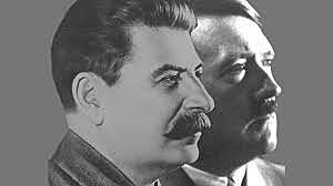 Signature du pacte Molotov-Ribbentrop: pacte de non-agression entre l'Union soviétique et l'Allemagne.