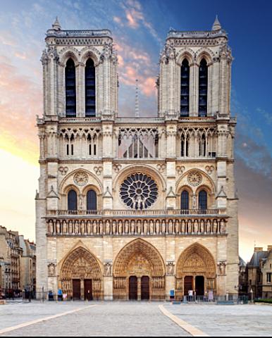 Fi de la construcció de la catedral de Nôtre Dame de París