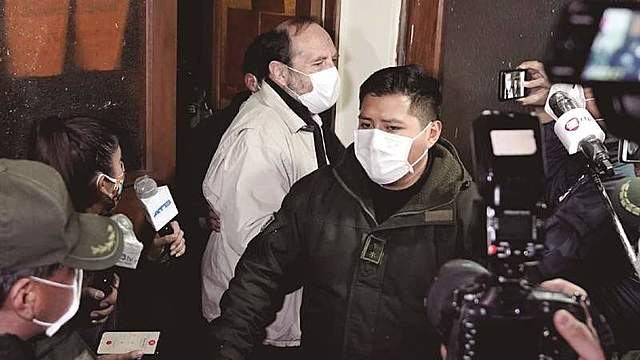 Respiradores: envían a San Pedro al exministro Navajas y a otros 3 involucrados